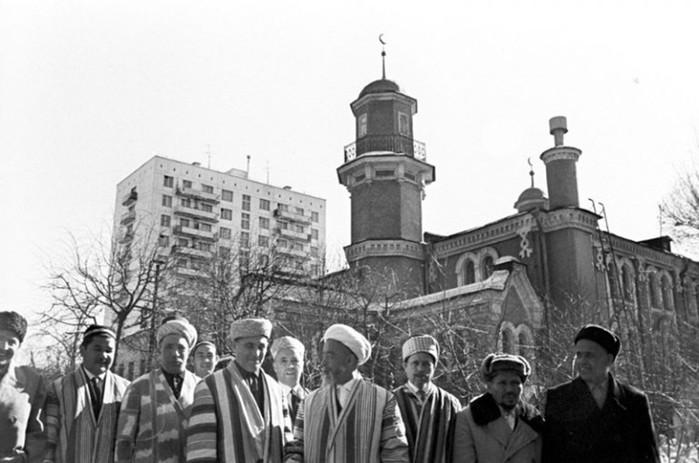 Что нельзя делать в мечети