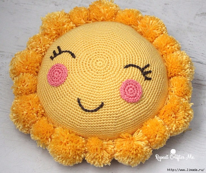 SunshinePomPillow1 (700x587, 379Kb)