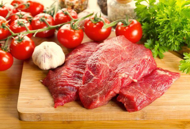Употребление в пищу красного мяса и раковые заболевания