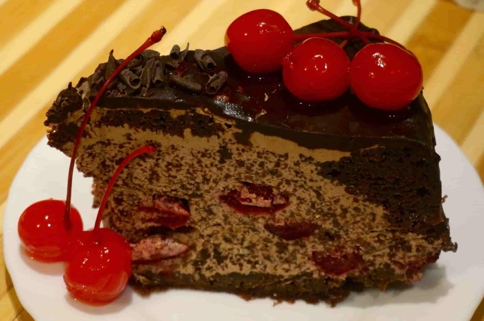 Tort_Pyanaya_vishnyamin