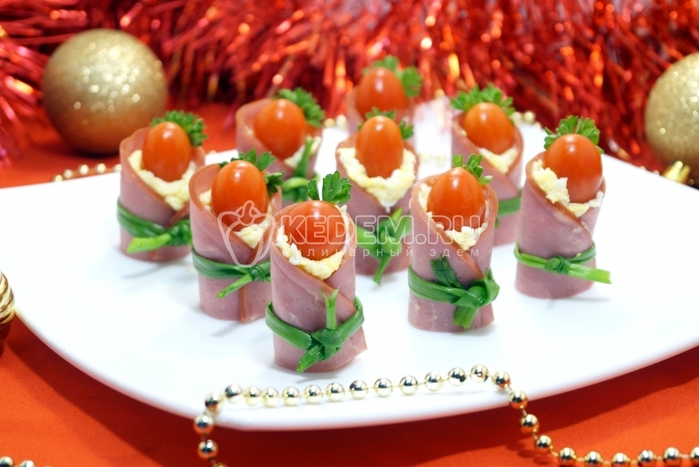 zakuska-pomidor-v-tulupe (700x467, 217Kb)