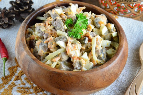 salat-s-pechenyu-shampinonami-i-morkovyu-600x397 (600x397, 85Kb)