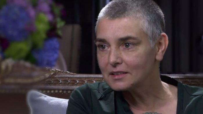 Мать Шинейд О'Коннор насиловала дочь в камере пыток