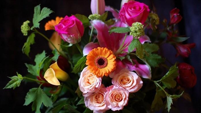 137254838_1600x900_flowersflowerblackbackground (699x393, 66Kb)