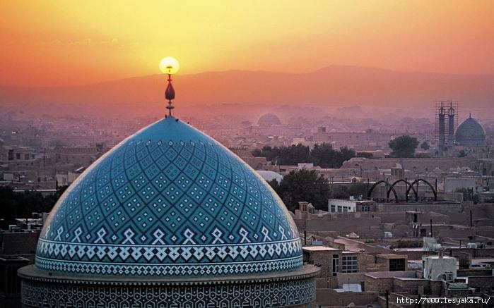 Иран/3925073_JamemosqueofYazdIranwallpaper_1_ (700x437, 257Kb)