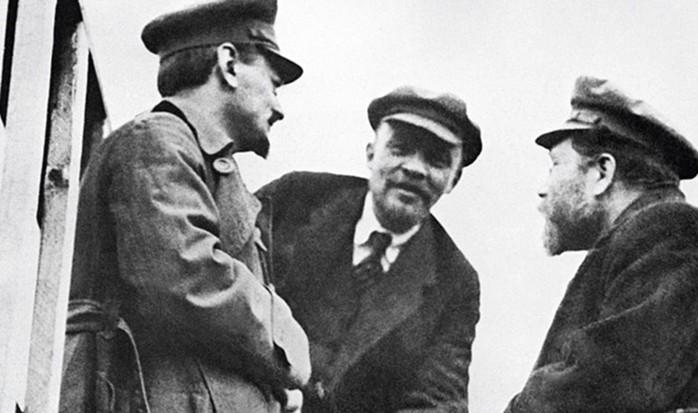 Для чего американские банки спонсировали большевиков