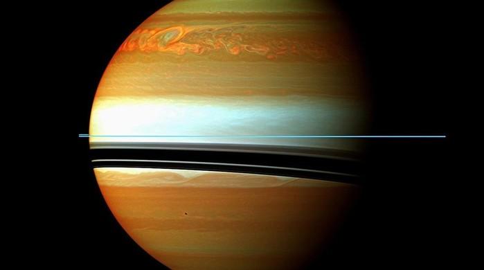 Мир простился с аппаратом Cassini
