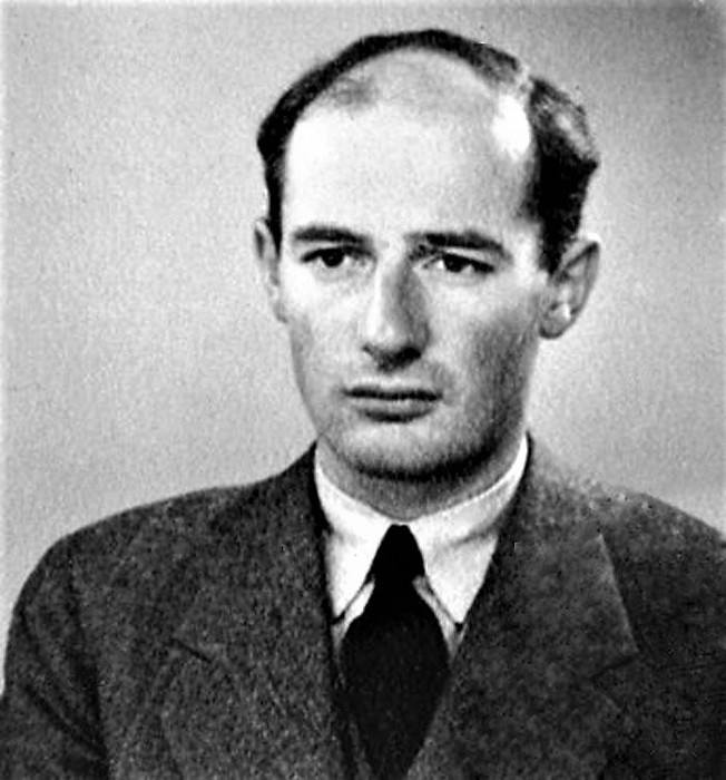 Raoul   Wallenberg  Рауль Валленберг  родился  1912 - умер Москва (652x700, 89Kb)
