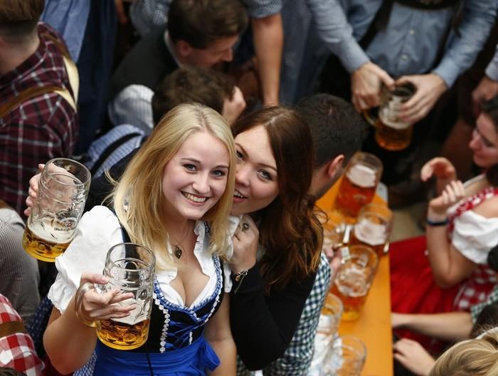 В Мюнхене в эти дни проходит 184-й ежегодный фестиваль пива «Октоберфест»