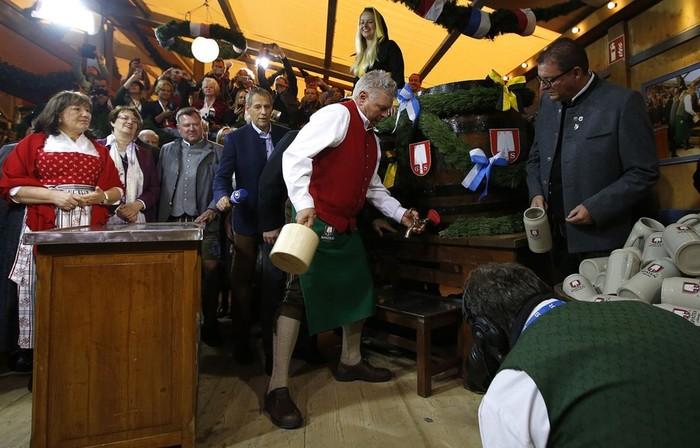В Мюнхене в эти дни проходит 184 й ежегодный фестиваль пива «Октоберфест»