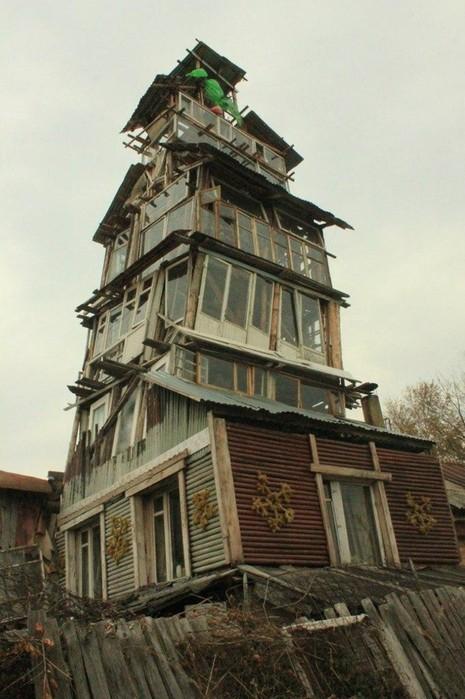 Грандиозная конструкция в российской глубинке