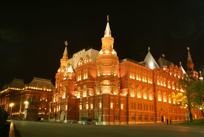 4842959_moscow_state_historical_museum_3 (700x468, 85Kb)
