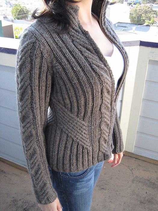 свитер на молнии1 (525x700, 434Kb)