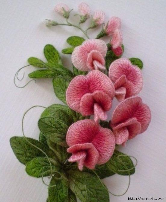 Цветы объемной вышивкой гладью. Красивые работы (38) (551x668, 205Kb)