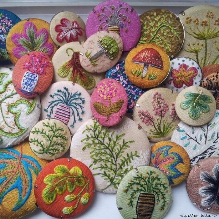 Цветы объемной вышивкой гладью. Красивые работы (44) (700x700, 452Kb)