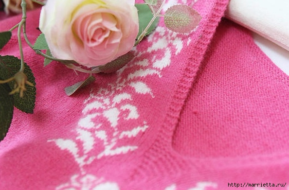 Платье спицами с жаккардовой каймой (9) (594x391, 164Kb)