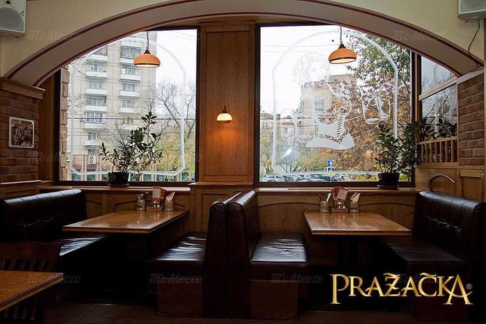 pivnoy-restoran-prazhechka-prazecka-na-vorontsovskoy-ulitse_b73d4_full-21233 (700x466, 379Kb)