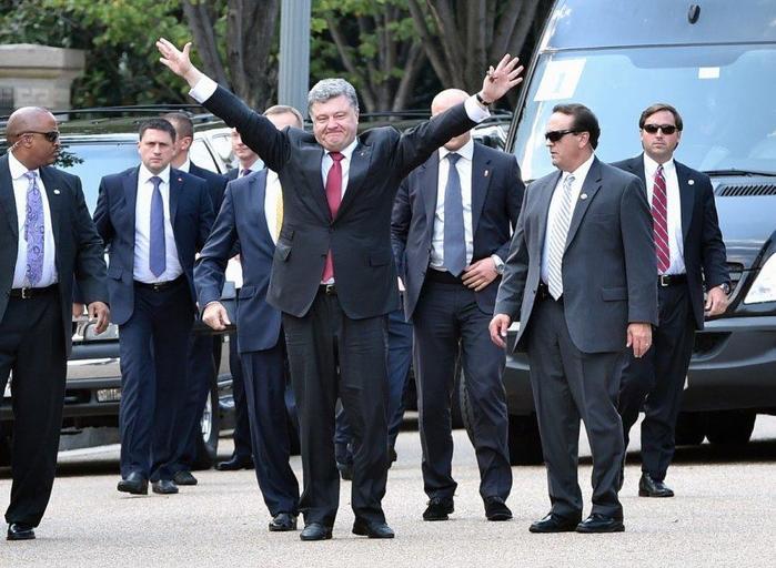 Танцующие президенты (видео)