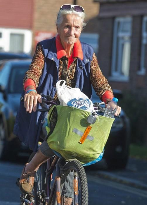 За 14 лет эта женщина посетила все похороны в округе
