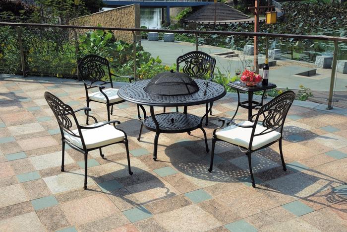 набор литая мебель гриль D123cm (700x467, 480Kb)