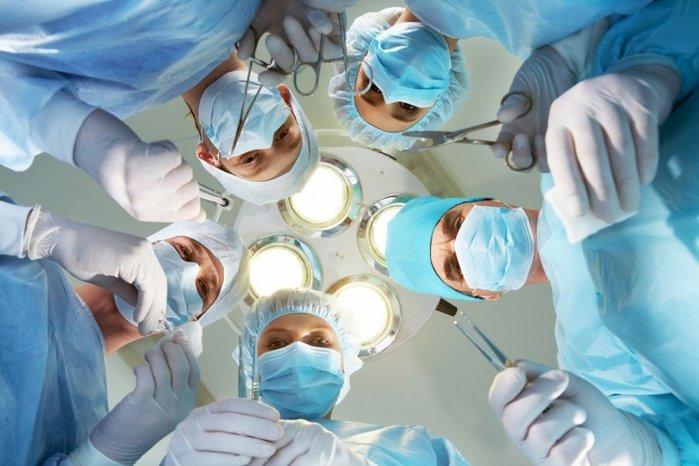 Больница операция/6173778_1446015300_operacija61827349 (700x466, 60Kb)