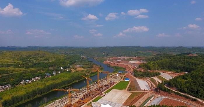 В Китае строят «Титаник»