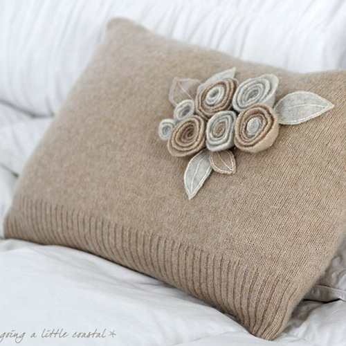 6226115_recycledsweaterpillowsdecorating15 (500x500, 67Kb)
