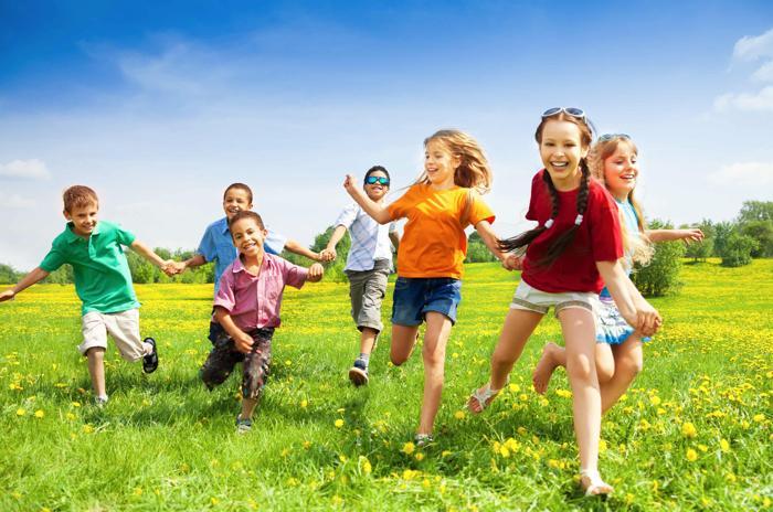 Куда отправить детей летом?