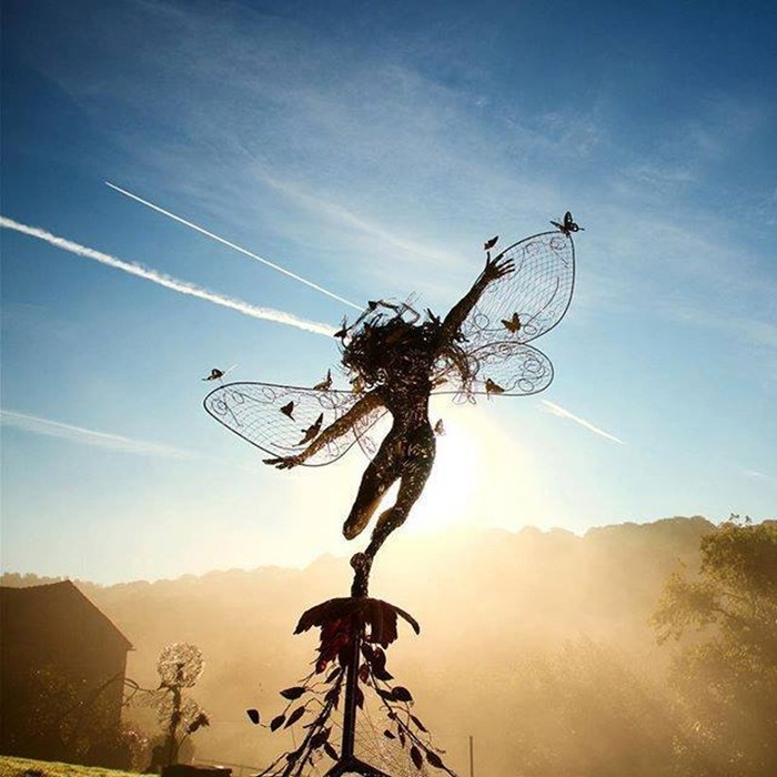 137809391 101817 1407 9 Изящные проволочные скульптуры британца Робина Уайта