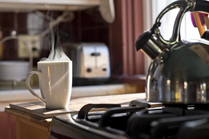 Польза теплой воды для организма