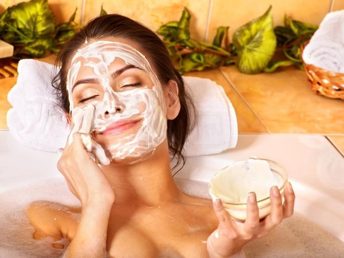 Как сделать омолаживающую маску для лица в домашних