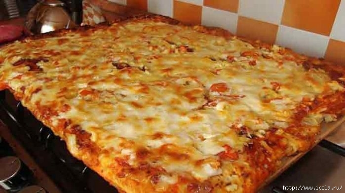 "alt=""Быстрая и вкусная пицца в духовке""/2835299_Byistraya_i_vkusnaya_pitstsa_v_duhovke_eta_801x448 (700x391, 147Kb)"