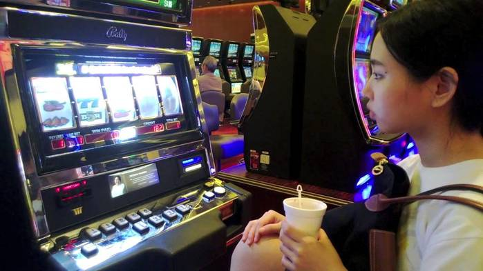 Игровые автоматы atronic babuhka лицензия на игровые автоматы беларусь