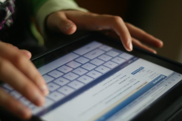 Бармен установил глушилки мобильной связи, чтобы отключить посетителей от соцсетей