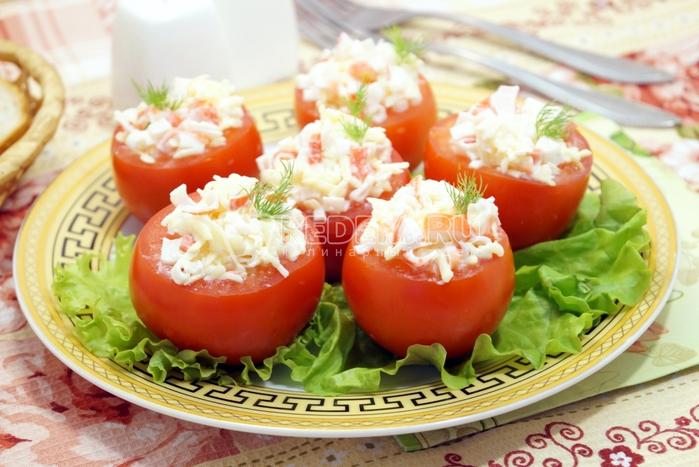 pomidory-farshirovannye-krabovymi-palochkami (700x467, 381Kb)