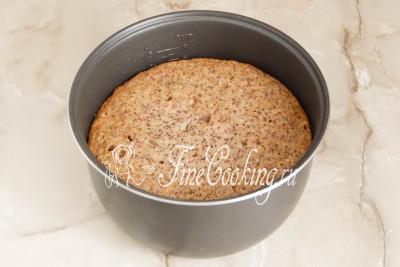 В предварительно прогретой духовке готовим бисквит с грецкими орехами при 180 градусах около часа (ориентируйтесь на свою духовку и проверяйте на сухую лучину)/5177462_biskvitnyjtortschernoslivomigreckimiorehami56dac851ea944 (400x267, 31Kb)