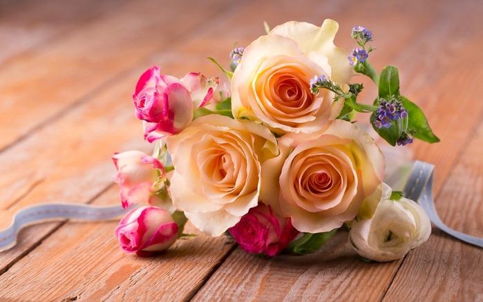 romantic-rozy-roses-lepestki-flowers-pink-buket (700x437, 82Kb)