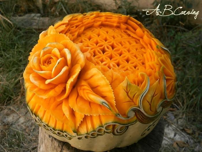 Как разнообразить классическую хэллоуинскую тыкву