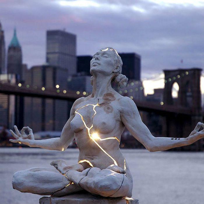 20-skulptur-kotorye-nepodvlastny-zakonam-fiziki-1-768x767 (700x699, 56Kb)