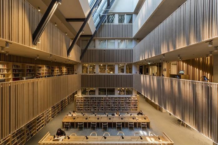 Интерьер и экстерьер кампуса Центрально-Европейского университета в Будапеште