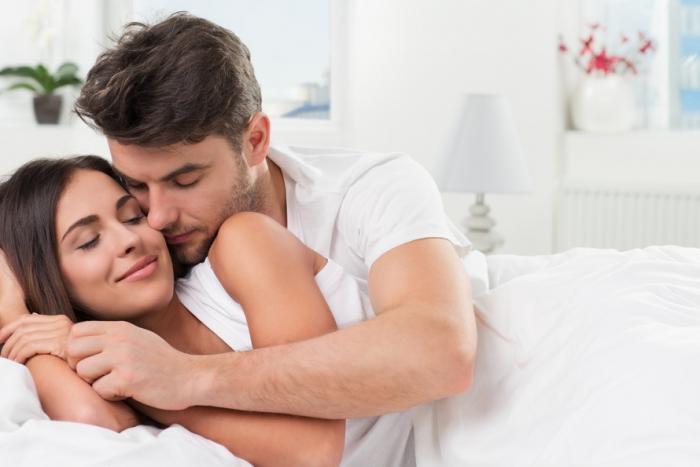 Я болею, мужу нужен секс: что делать?