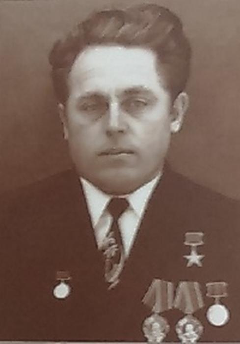 Mahaniko Vladimir Nikolaevish (489x700, 148Kb)