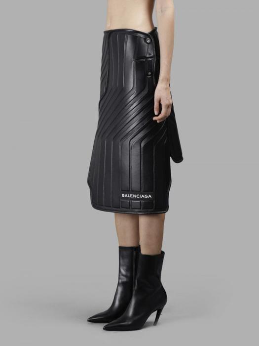 резиновая юбка Balenciaga 2 (525x700, 78Kb)