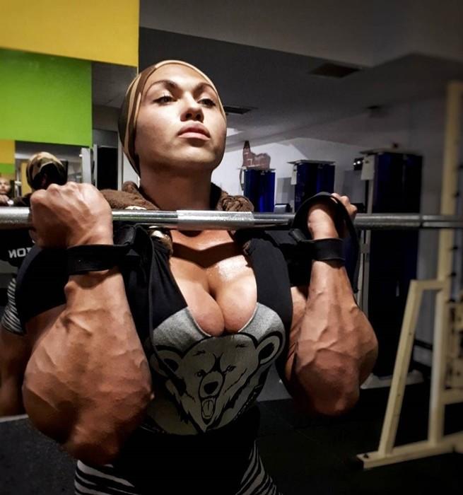Российская спортсменка ошеломляет всех своей фигурой