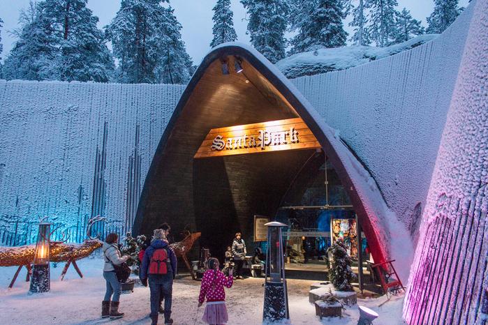 санта парк в лапландии финляндия 2 (700x466, 582Kb)