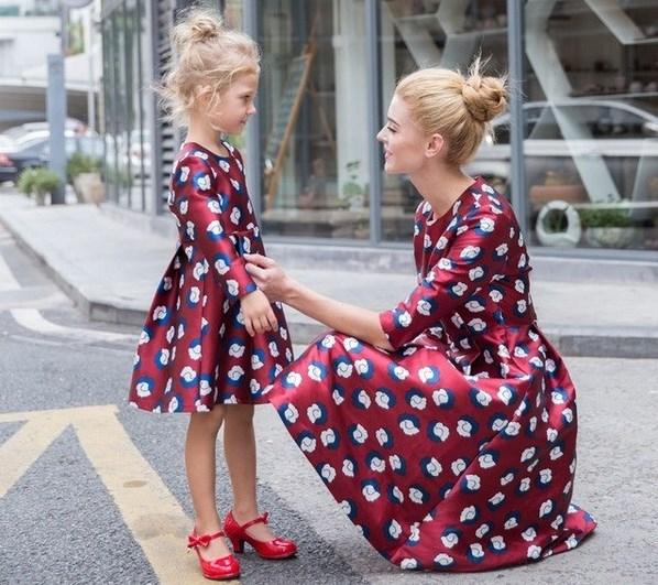 Комплекты «МАМА и ДОЧКА» -- модное веяние среди молодежи!