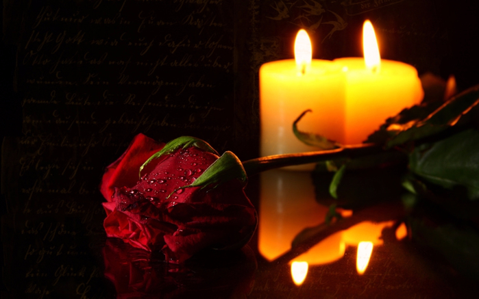 By-Candle-Light-candles-11662578-1280-800 (700x437, 263Kb)