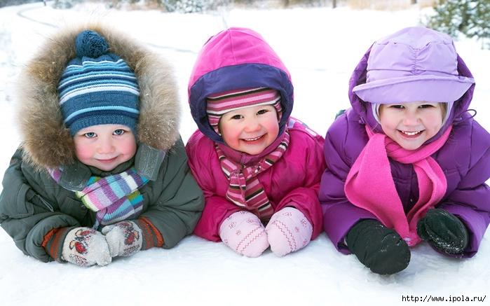 """alt=""""Как выбрать удобную зимнюю одежду для детишек?""""/2835299_Kak_vibrat_ydobnyu_zimnuu_odejdy_dlya_detishek4 (700x437, 232Kb)"""