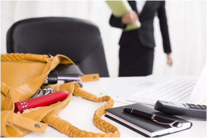 3 истории о странном самоудовлетворении на работе. Очень профессионально!
