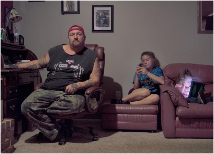 Злейшие комментаторы Сети в фотопроекте «Воины Интернета»